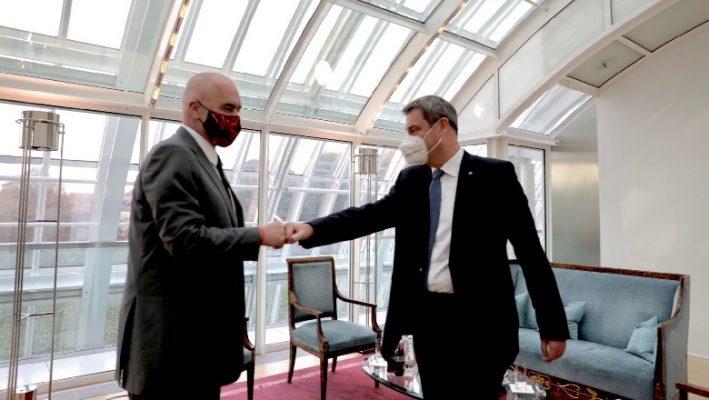 Rama takon kryeministrin e Bavarisë: Do fuqizojmë marrëdhëniet ekonomike e tregtare