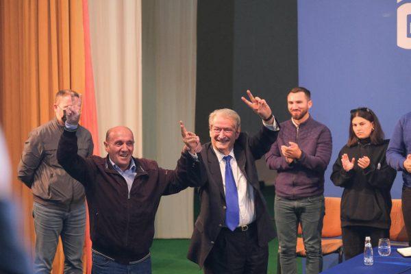 Berisha nuk ndalet/ Ja qyteti ku do të mbledh nesër demokratët