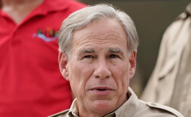 Guvernatori i Teksasit ndalon vaksinimin e detyruar në gjithë shtetin