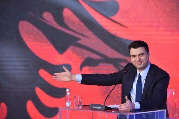 """""""Luli ja hodhe, shpëtove nga humbja e 5 në zgjedhje""""/ Demokrati ironizon Bashën pas qëndrimit të """"Venecias"""""""