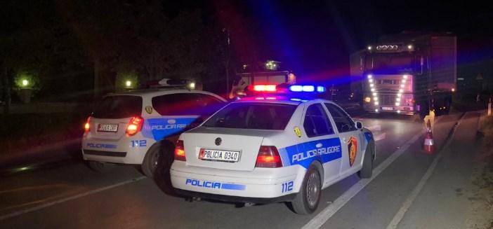Aksident në Sarandë, makina përplas një person, rëndë në spital
