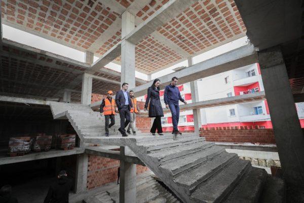 Një shkollë e re në Tiranë: Ndërtesa do mbajë emrin e ish-deputetit Bashkim Fino
