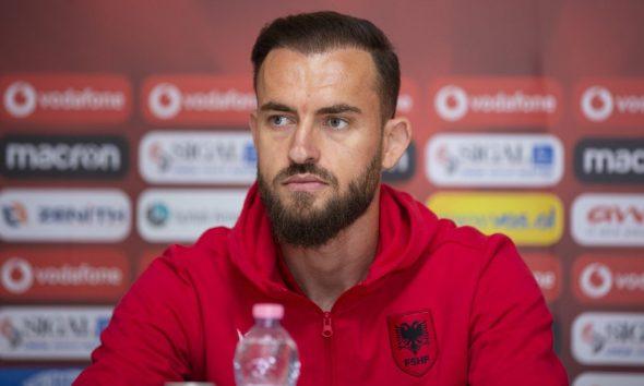 Humbi ndeshjen ndaj Polonisë për shkak të COVID/ Cikalleshi ka një mesazh për kombëtaren kuqezi