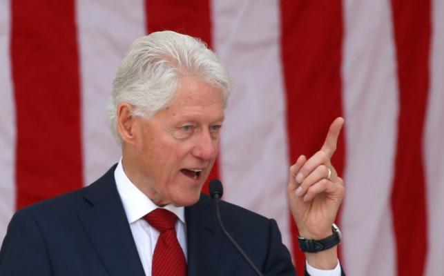 Vuante nga një infeksion, ish-presidenti Bill Clinton largohet nga spitali