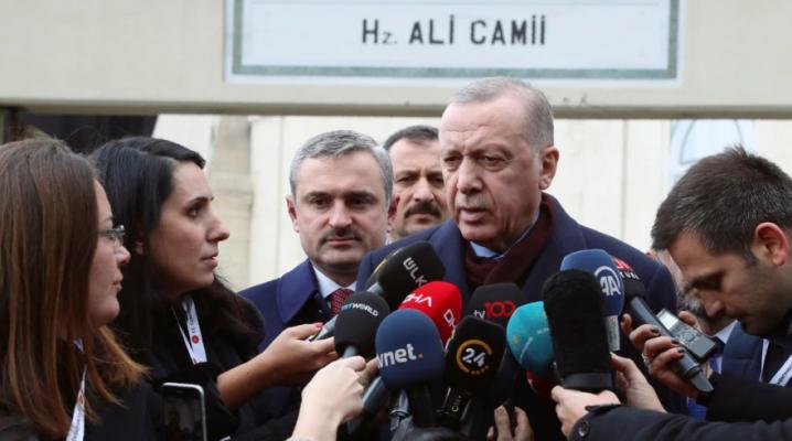 Gazetarët kundërshtojnë pretendimet e Erdoganit se media në Turqi është e lirë