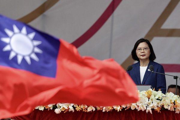 Kina, gati për luftë/ Presidentja e Tajvanit: Nuk do t'i nënshtrohemi presionit