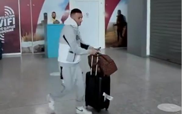 Në arrati prej 7 muajsh/ Stresi kthehet në Shqipëri: Mirë se ju gjeta!