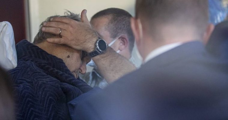 Një ditë pasi opozita fitoi zgjedhjet, presidenti çek sëmuret, dërgohet në spital